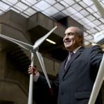 Ronaldo Custódio, da Eletrosul, é autodidata e referência em energia eólica. Foto de Eduardo Marques/Tempo Editorial/Valor